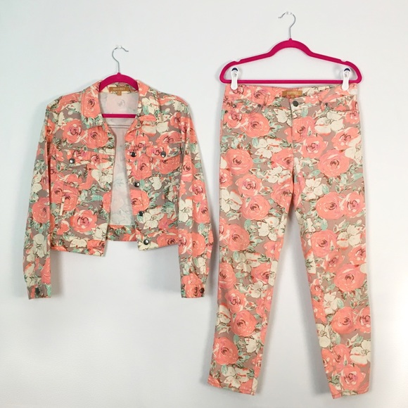 Ellen Tracy Dresses & Skirts - Floral Peach/ White Pants Jacket Matching Set 4